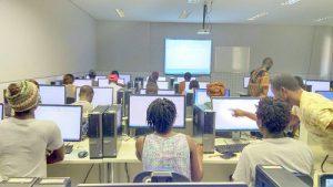 Foto da 1ª aula do Curso de Excel Básico e Avançado, na Unilab/CE, em 01/04/2017  (Foto: Divulgação)